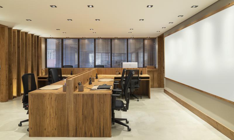 Móveis planejados ambientes corporativos